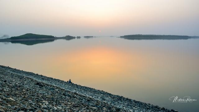Dam Monimuktarpur